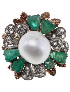 Petals Emerald Ring